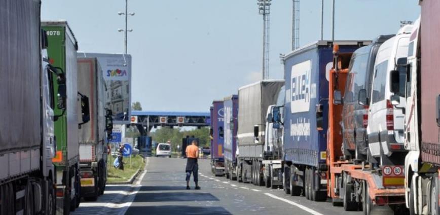 Intervenirati u Hrvatskoj i Briselu kako bi se ubrzao robni transport prema EU