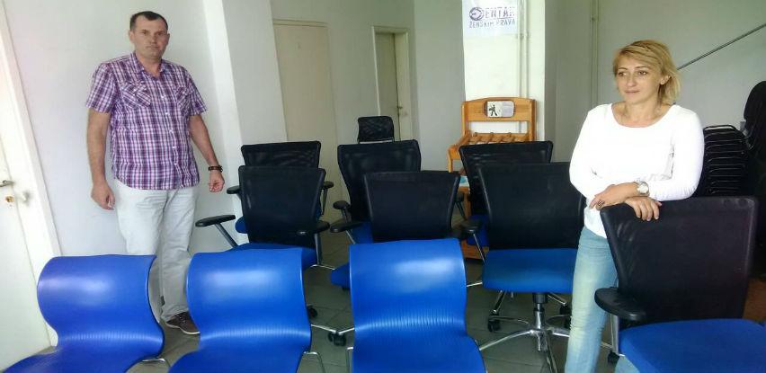Donacija kancelarijskog namještaja javnim ustanovama, udruženjima i zadrugama