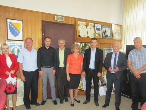Potpisan ugovor o izgradnji upravne zgrade J.P. Komus