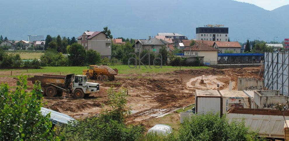 Alarmantno na Stupu: Inspekcija naredila hitno osiguranje građevinske jame