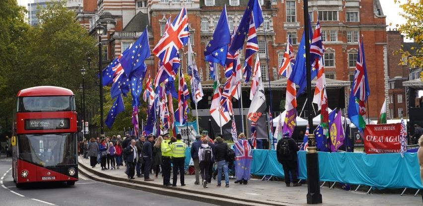EU je spremna za nastavak pregovora s Britanijom iza 1. januara