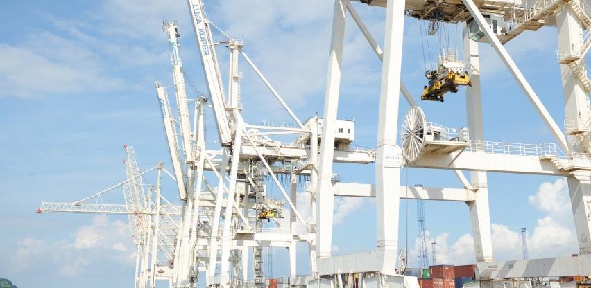 """cargo-partner osigurava brže opcije za uvoze iz Azije pomorskim putem novom uslugom """"Adria Express"""""""