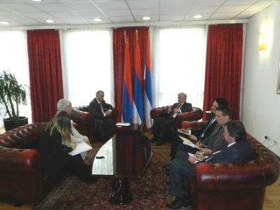 Nastaviti aktivnosti s ciljem uspostave aviolinije Banja Luka-Atina