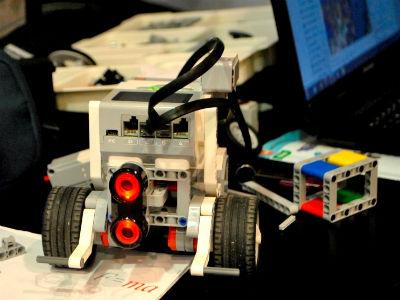 Nove tehnologije u obrazovanju: Studenti razvijali robote od Lego kockica