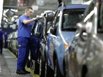 Fiat u Srbiji otpušta trećinu radnika