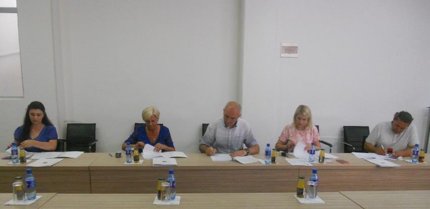 Tešanj: Potpisani ugovori za prvi dio kapitalnih projekata