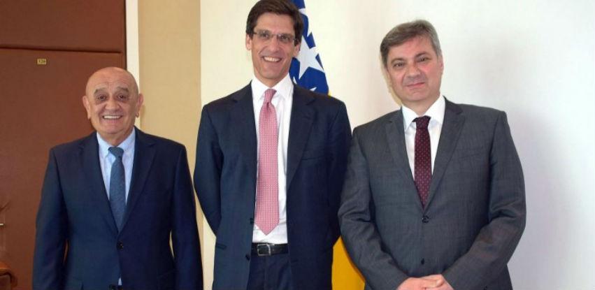 UniCredit banka želi investirati u infrastrukturne i energetske projekte u BiH