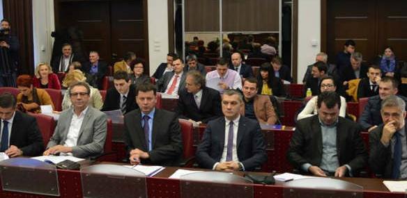 Ovogodišnji budžet nazvao bih sanacioni jer zahtjeva sanaciju i odgovornost pri njegovom trošenju, kazao je Fazlić.