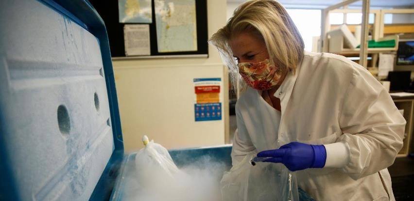 Transport vakcine: Prevoznici višestruko digli cijene za suhi led i opremu