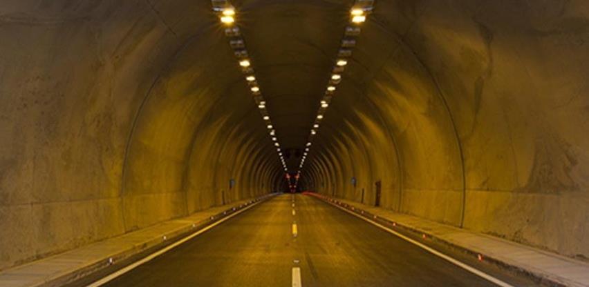 Rekonstrukcija tunela Crnaja: Vozila ne bi trebala čekati duže od 30 minuta