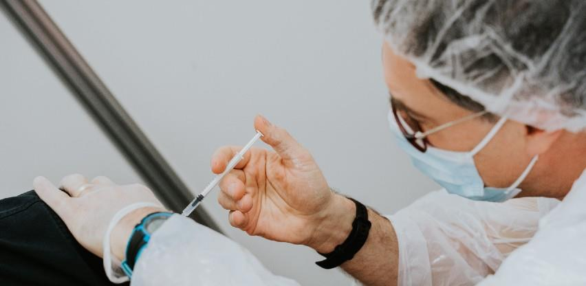 Četvrtina građana EU-a primila najmanje jednu dozu cjepiva