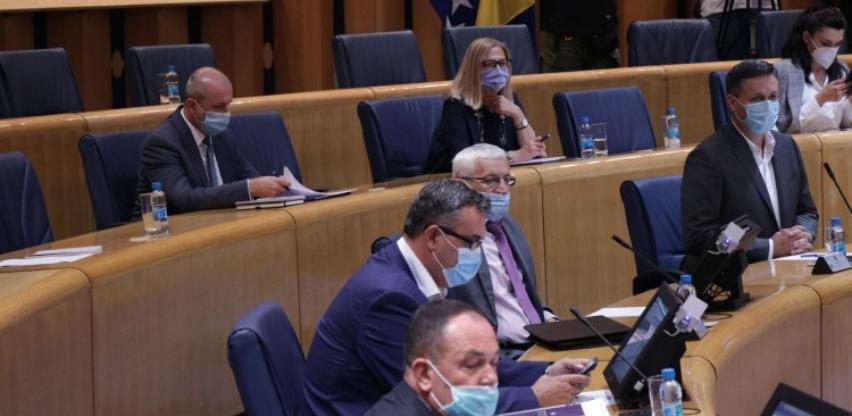 Dom naroda usvojio izvještaj komisije, usvojen budžet institucija BiH za 2020.