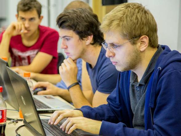 Mladi nastavljaju voditi Mostar u smjeru pametnog grada