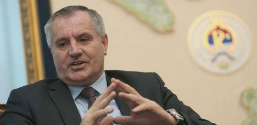 Višković najavljuje set zakona za pomoć realnom sektoru i povećanje plata