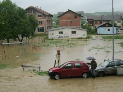 BiH već ima dovoljan broj stranih donatora za izgradnju novih kuća