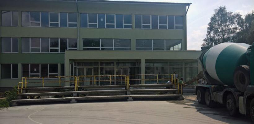Sredstva za izgradnju fiskulturnih sala u školama na Ilidži i Šabićima