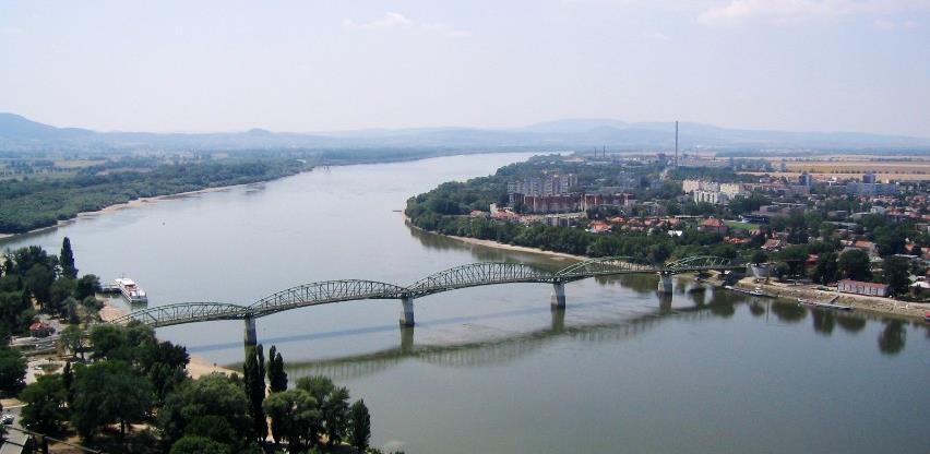 Srbija dobija plutajuće postrojenje za proizvodnju vodonika na Savi ili Dunavu