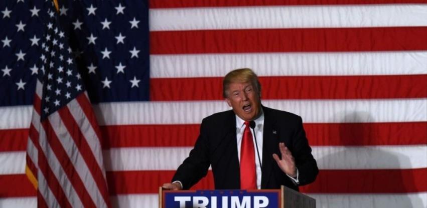 Trump oslobođen odgovornosti, najavljuje nastavak političke borbe