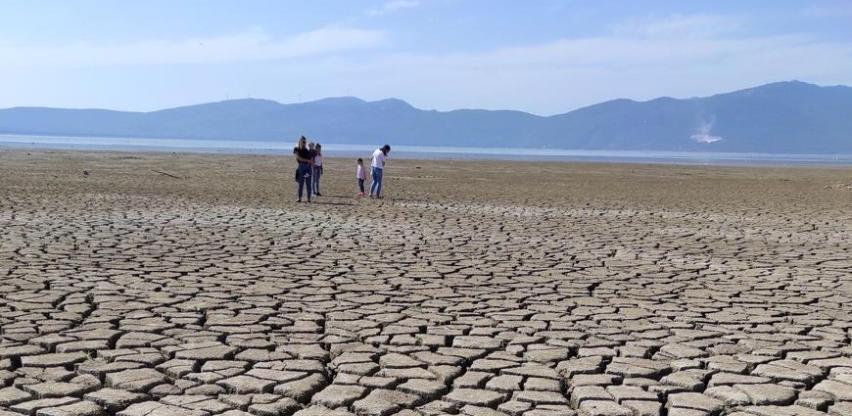 Voda u Buškom jezeru nestala