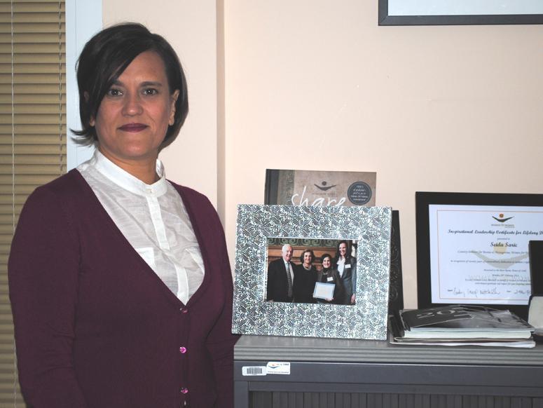 Udruženje Žene za žene pomoglo da 30.000 žena u BiH stane na svoje noge