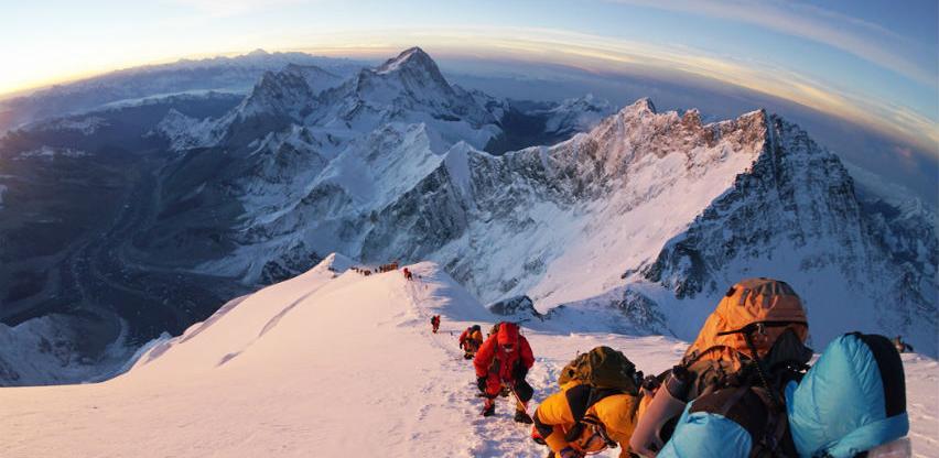 Nepalska vlada usvojila nova pravila za penjanje na Mount Everest