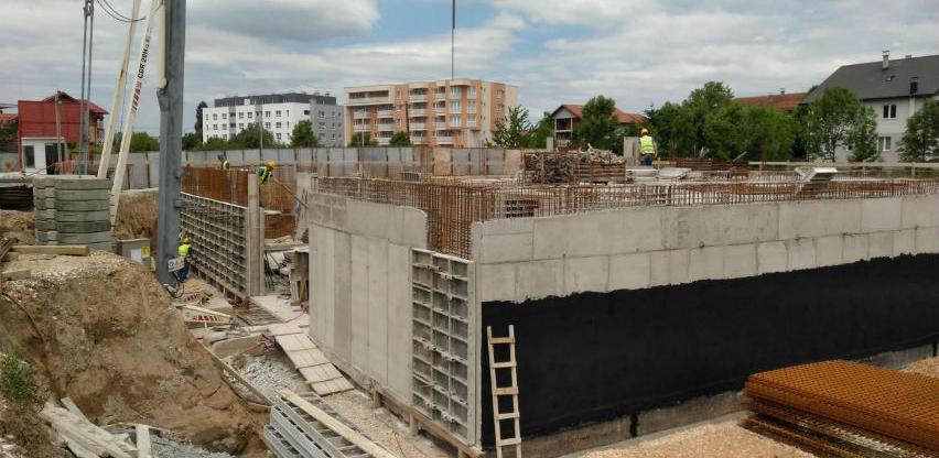 Pogledajte kako napreduje izgradnja kompleksa bazena na Dobrinji