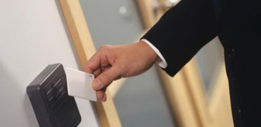 Uskoro će svaki radnik morati da nosi identifikacionu karticu u džepu