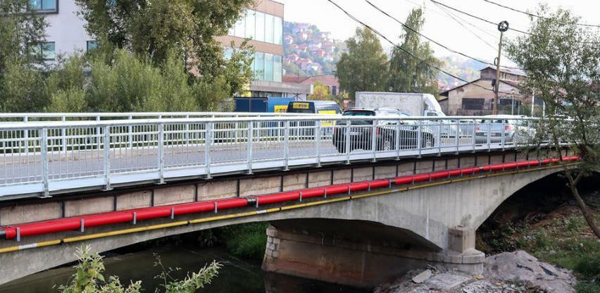 Završeni radovi na pješačkoj stazi i postavljanju ograde na mostu u Halilovićima