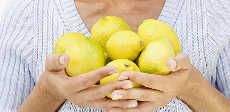 Jeste li znali da limun služi za čišćenje i vraća život voću i povrću?