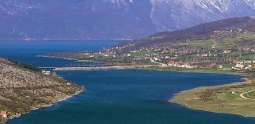 Hrvatska sama sebi dodijelila koncesiju za korištenje Buškog Jezera, Livno šutke pristalo