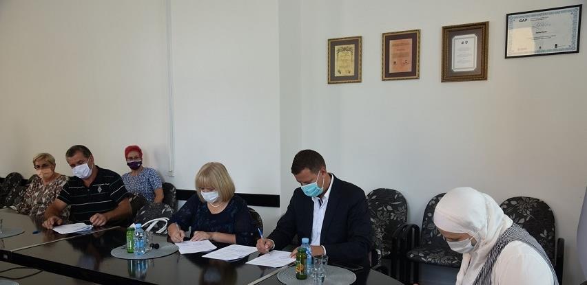 Potpisan Sporazum o preuzimanju lokalnog vodovoda Dubrave