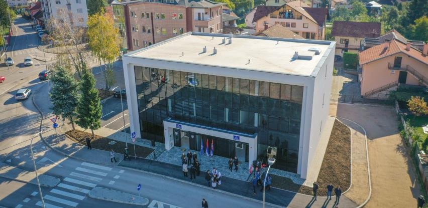 Novi objekat mjesne zajednice i policijske stanice u Laušu pušten u funkciju