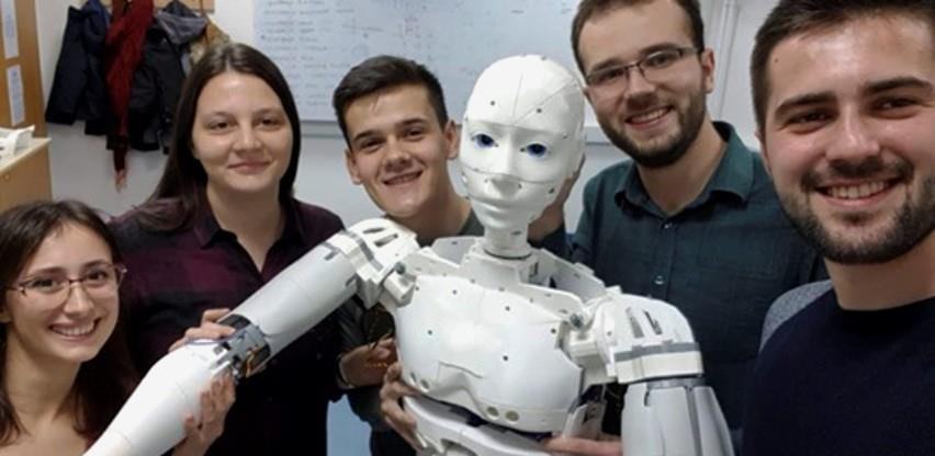 Uspjeh bh. pameti: Studenti sarajevskog ETF-a napravili prvog humanoidnog robota