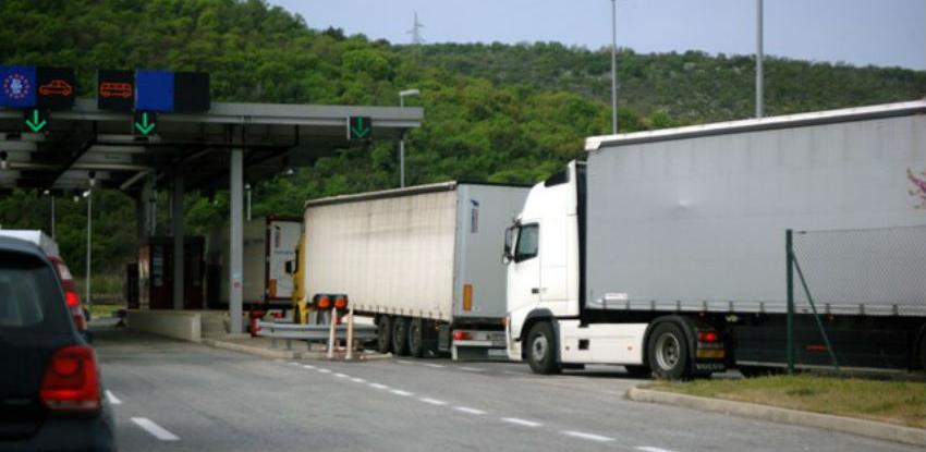 Zastoj teretnih vozila u Sloveniju zbog primjene elektronskog obračuna cestarina