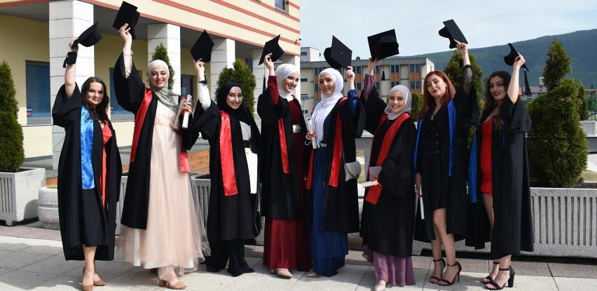 IUS svečano ispratio 13.generaciju diplomanata
