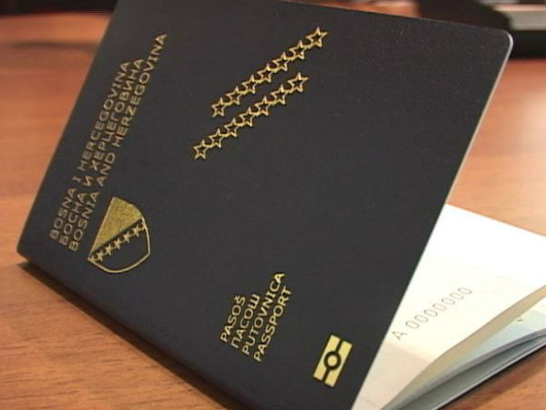 Na vrijeme riješiti situaciju u vezi s pasošima