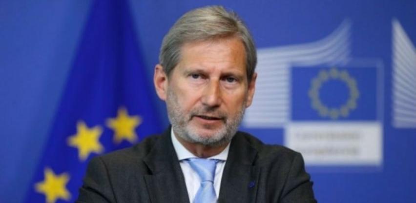 Hahn pozvao vlasti BiH da do početka rujna ustroje novi saziv Vijeća ministara