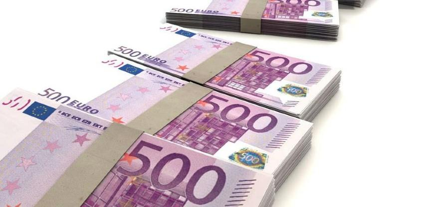 Euro na najjačem nivou prema dolaru od početka augusta