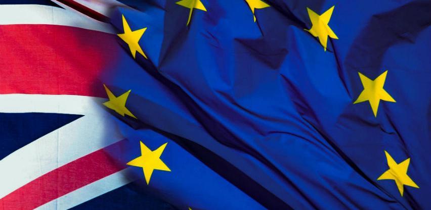 Brexit bez dogovora će skupo koštati EU, ali će valjati Rusiji i Kini