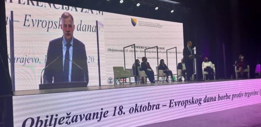 Eslick: BiH izbjegla pad na treći nivo liste u borbi protiv trgovine ljudima