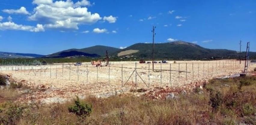 U Poslovnoj zoni na Zvirićima gradi se solarna elektrana