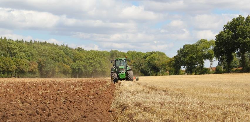 Vlada da povede računa o zaposlenima u sektoru poljoprivrede