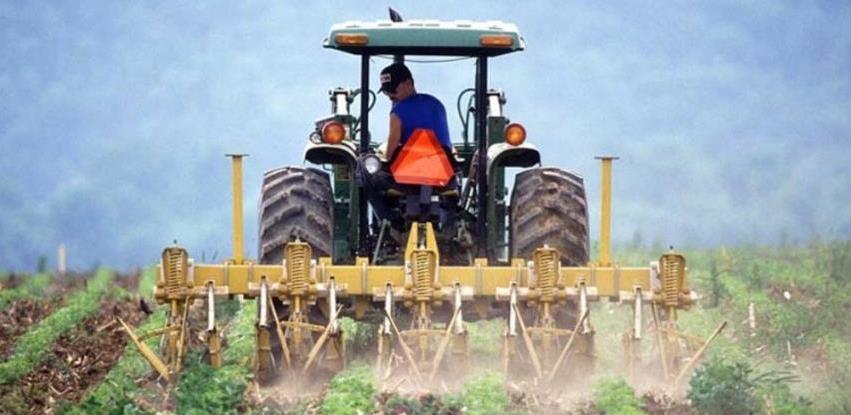 Nastavlja se podrška poljoprivredi u Bosanskoj Krupi