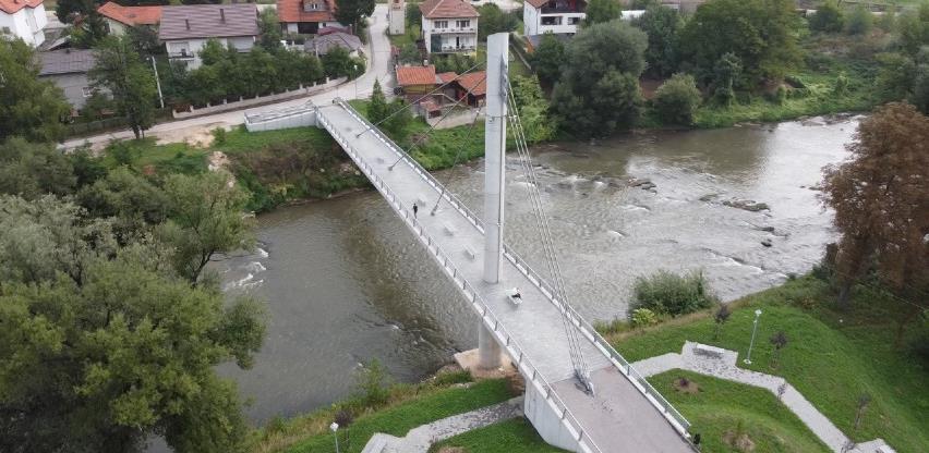 Pješački most Luke - Ozrakovići već treću godinu od koristi mještanima