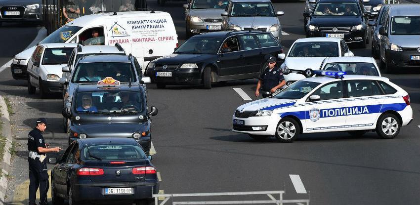 Srbija u kolapsu: Vozači zaustavili automobile zbog cijena goriva