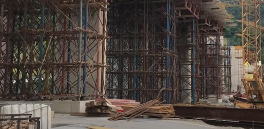 Zbog pogibije radnika na Koridoru 5C uhapšena jedna osoba: Gradilište nije bilo osigurano