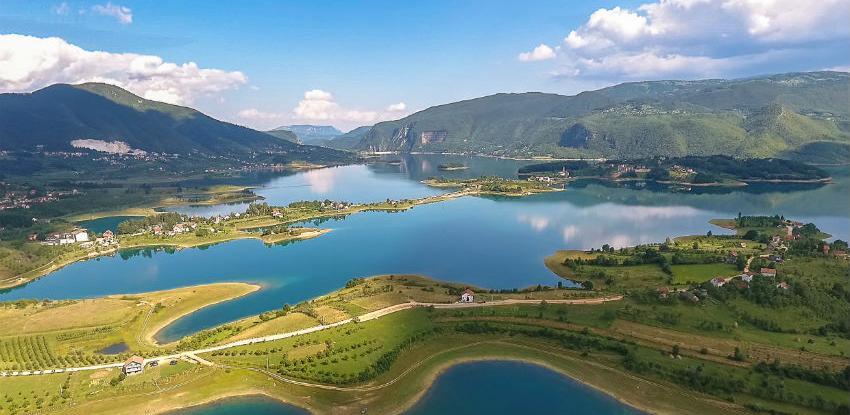 """Poboljšanje usluga u turizmu kroz projekt """"Razvoj turizma na tri jezera"""""""