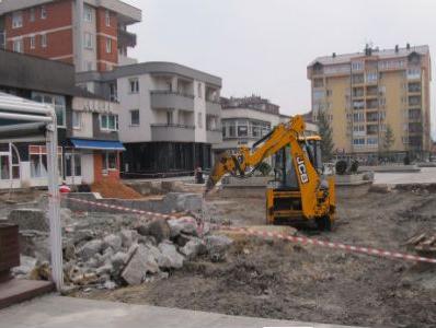Izgradnja vrelovodne mreže i rekonstrukcija Bulevara
