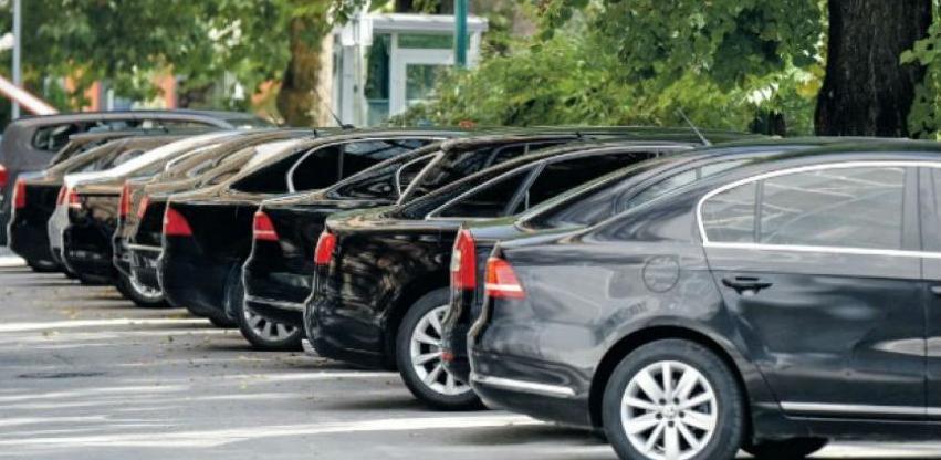 """Predsjednički """"parking"""" za četiri godine potrošio više od 7 miliona KM"""