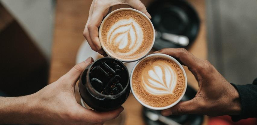 Šta je zdravije, šoljica kafe ili crnog čaja?